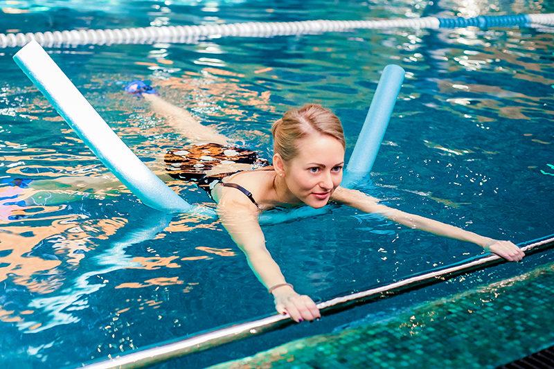Плавание для похудения для мужчин: эффективные стили и тренировки в бассейне