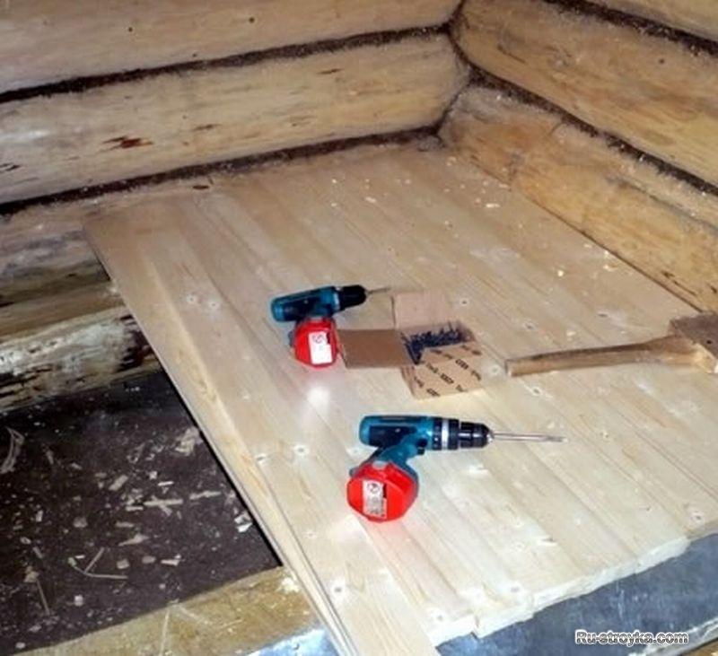Как сделать пол в бане со сливом: варианты устройства и инструкция