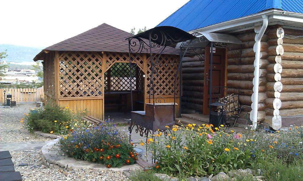 Баня с беседкой под одной крышей: фото, проекты и материалы
