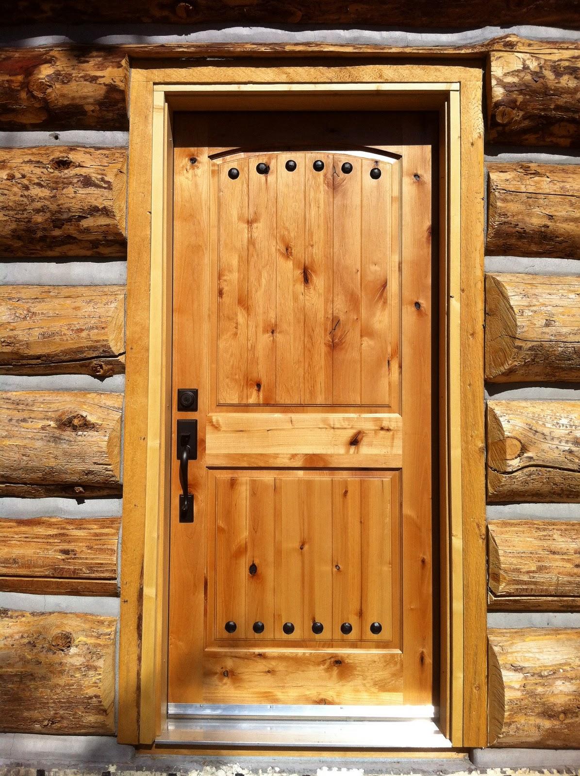 Установка двери в баню и парилку своими руками - 3 основных требования.