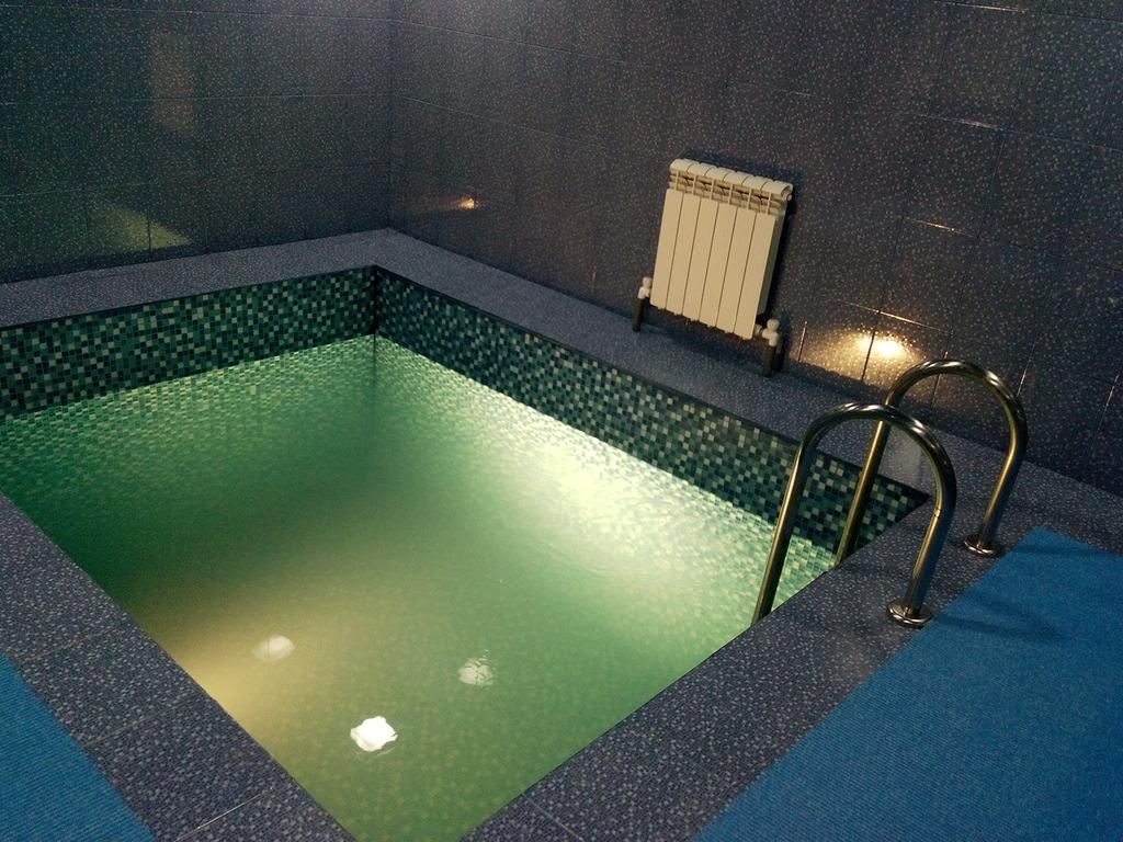 Сауны с теплым бассейном москва