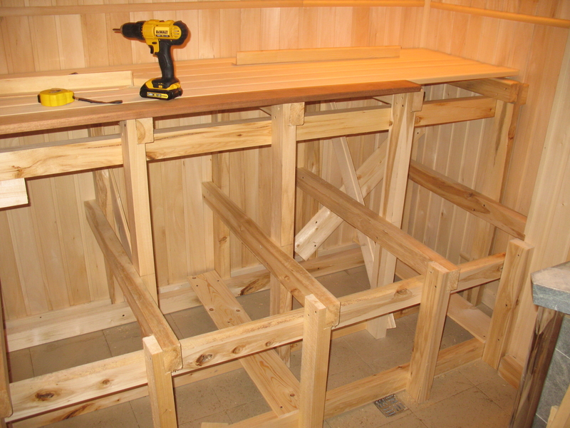 Как изготовить полок и полки в бане своими руками— подробная инструкция