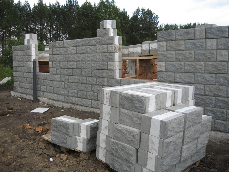 Строительство домов из теплостена: достоинства и недостатки. видео, фото