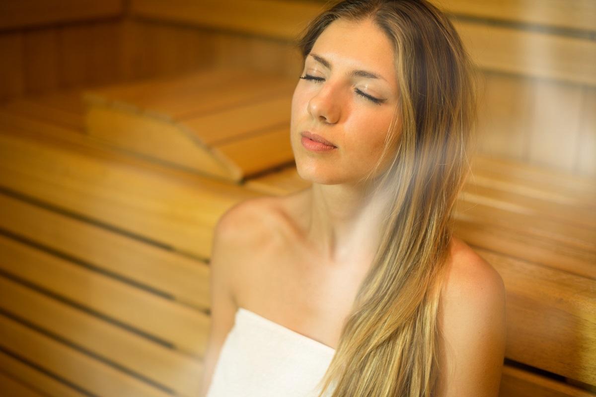 Посещение бани при насморке: польза или вред?