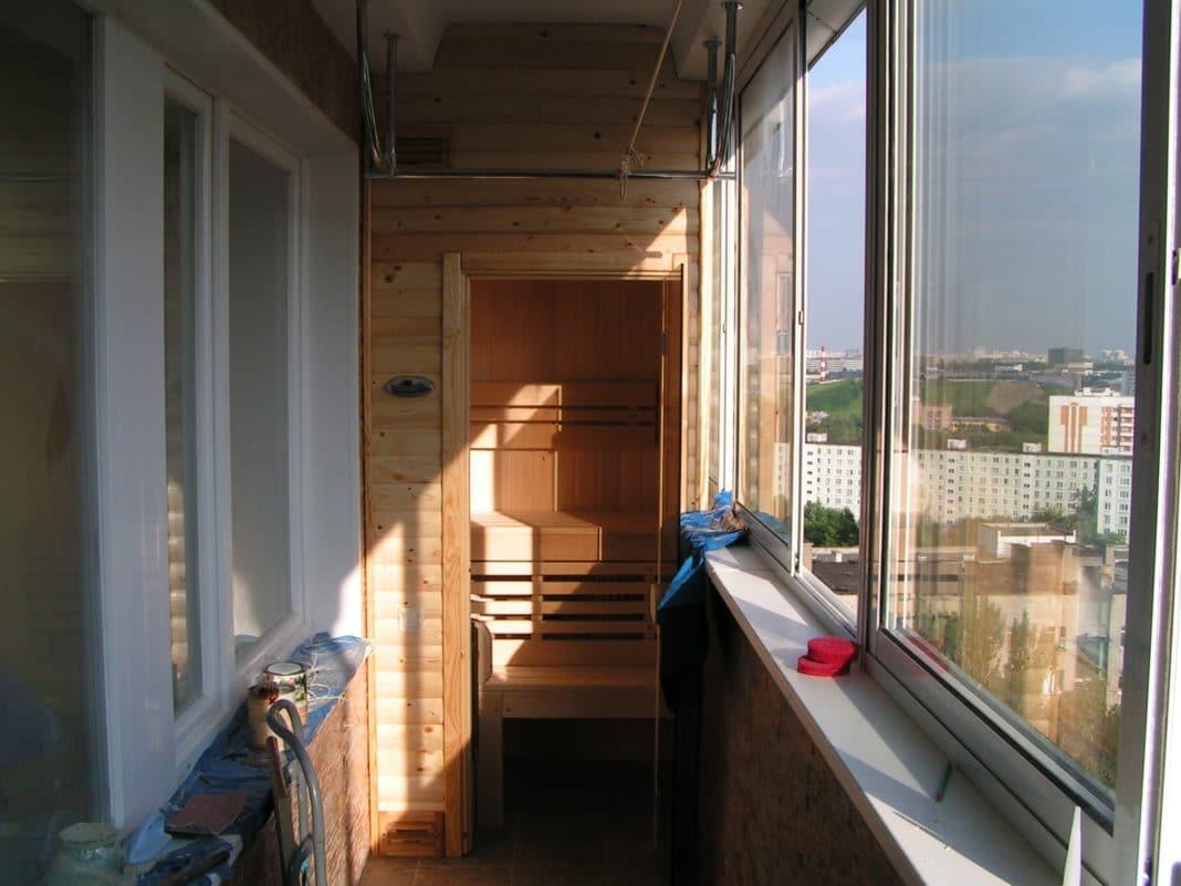 Мини-сауна на балконе: особенности строительства