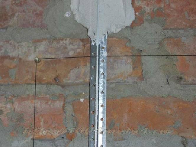Установка маяков для штукатурки стен: как правильно выставить с помощью лазерного уровня, как выставлять своими руками, через какое расстояние установить