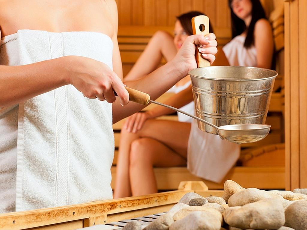 Баня: показания и польза, противопоказания и правила парения в русской бане