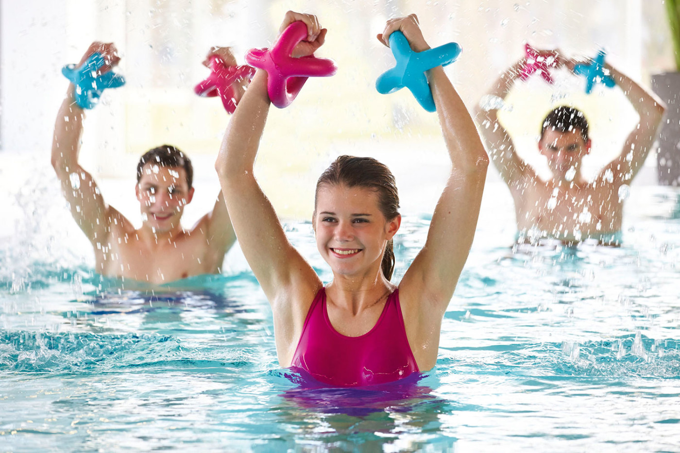 Упражнения для похудения в бассейне - комплексы тренировок с видео
