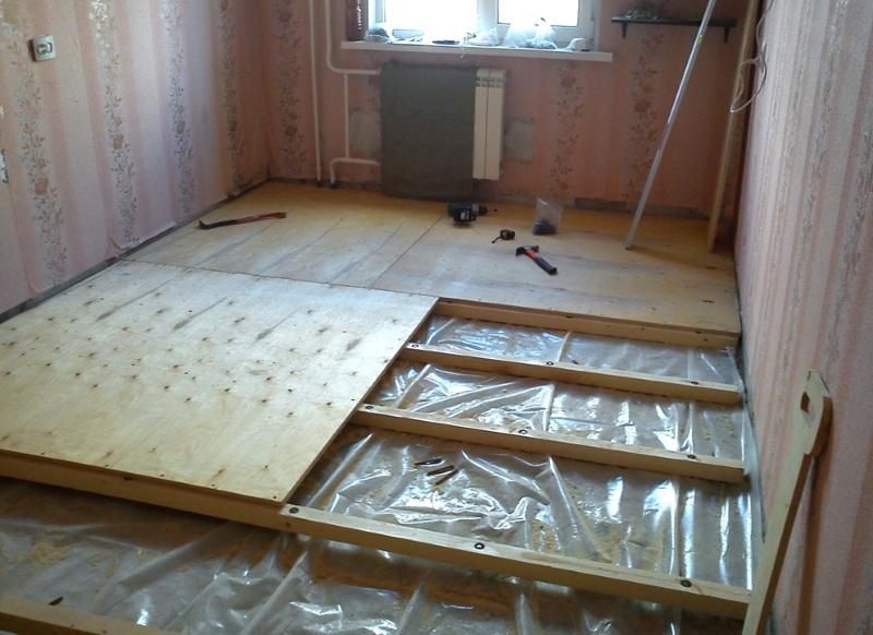 Деревянный пол на бетонном основании: возможности устройства