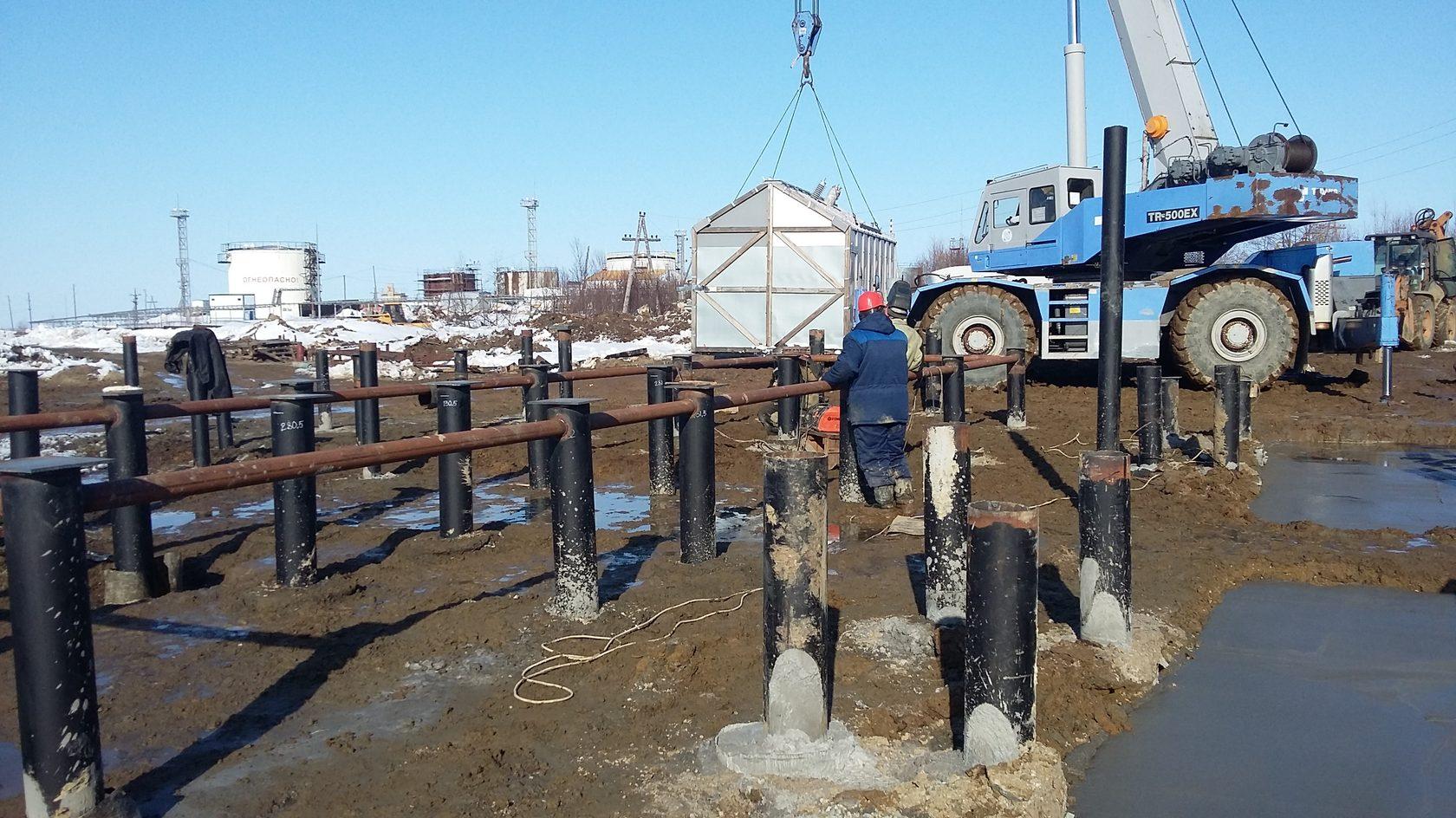 Подготовка участка к строительству: очистка от мусора и деревьев, устройство заезда, временный забор, вертикальная планировка и разметка под фундамент
