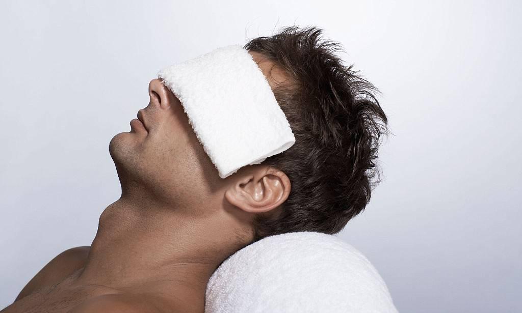Почему после бани болит голова на утро