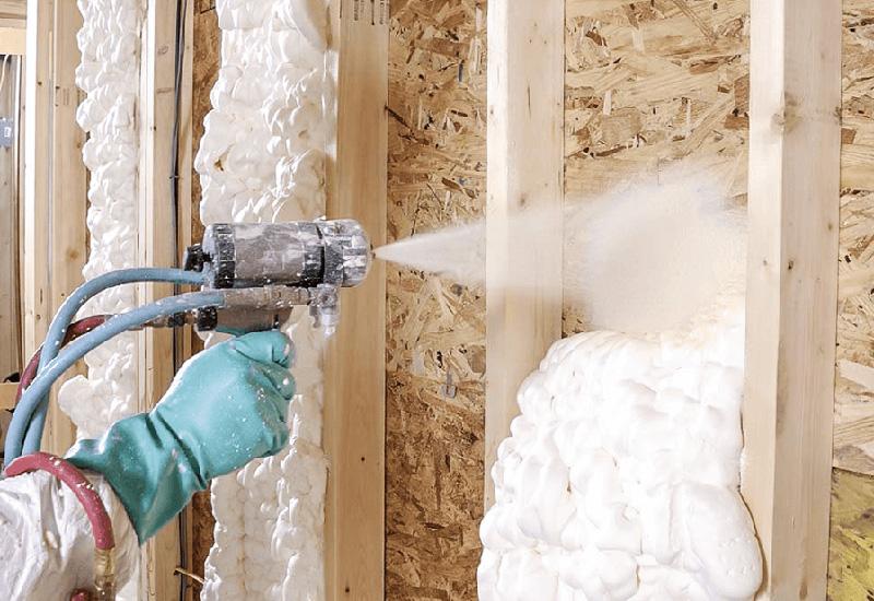 Напыляемая теплоизоляция: где применяют и как наносят | строй советы