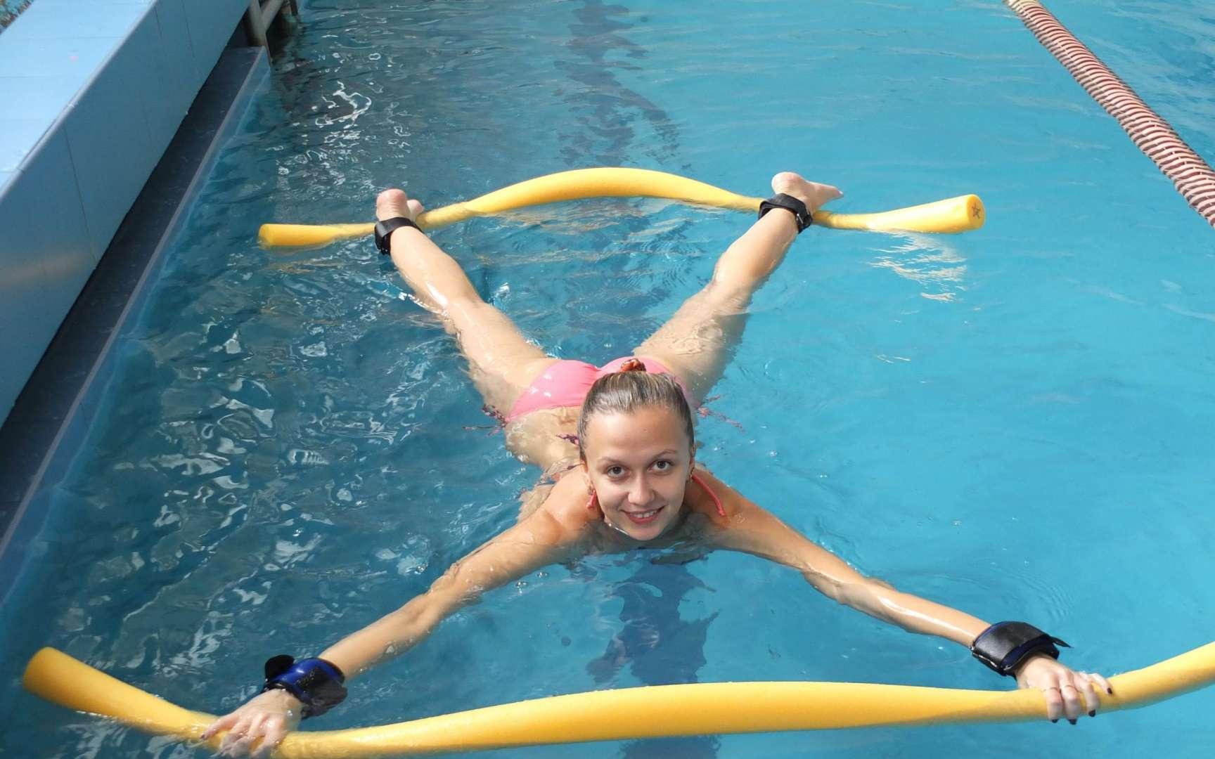 Что лучше для похудения аквааэробика или фитнес? | в чем разница