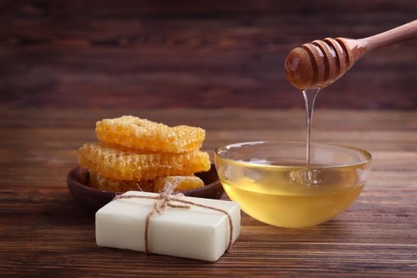Правила использования меда в бане—  медовые секреты красоты