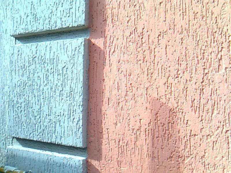 Отделка стен декоративной штукатуркой, плюсы и минусы.