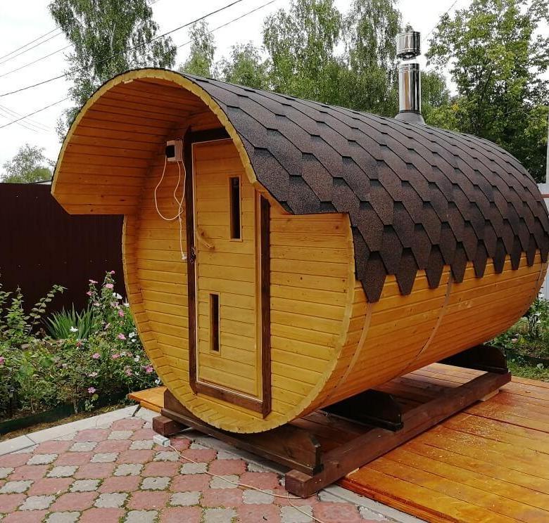 Баня-бочка (77 фото): выбираем для дачи, строительство своими руками, доска для бани, вид внутри и снаружи, утепление, баня-бочка с колесами и без