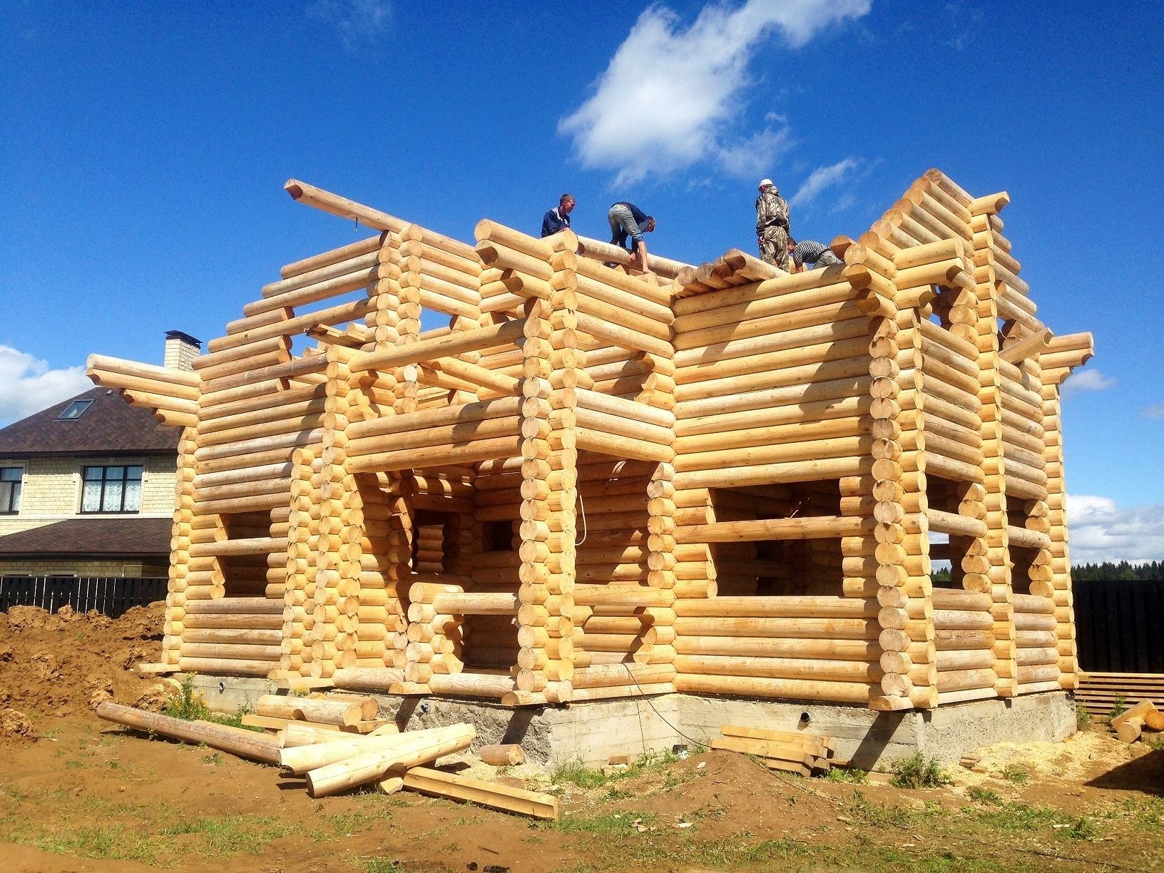 Дом из оцилиндрованного бревна: строительство своими руками