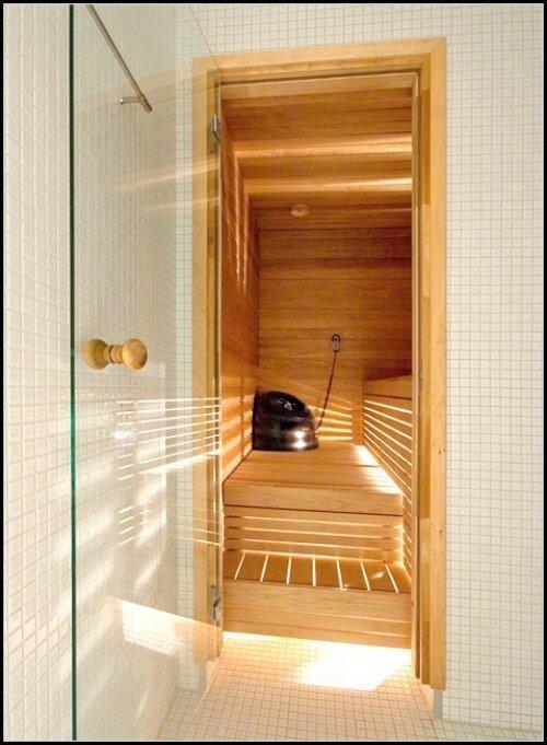 Установка стеклянной двери в бане своими руками