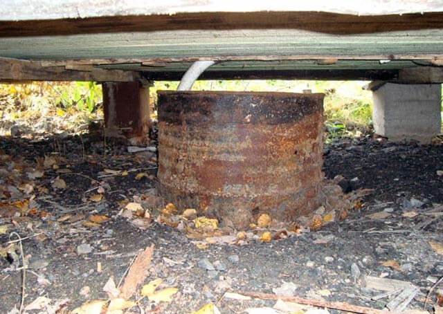 Как сделать простейший слив воды на даче для раковины, душа, бани своими руками (с фото)