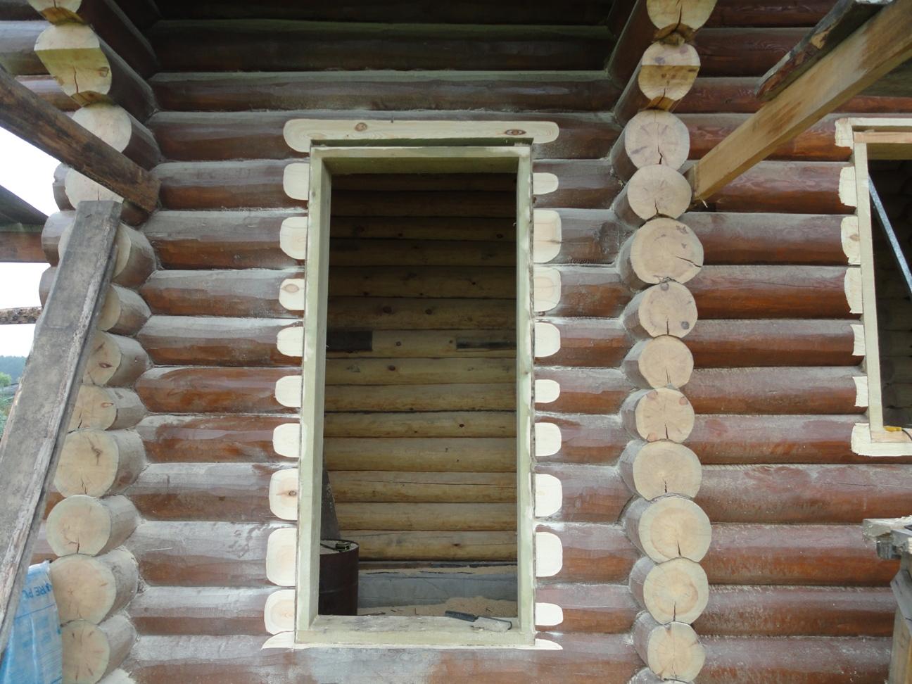 Установка двери в срубе - установка металлической двери