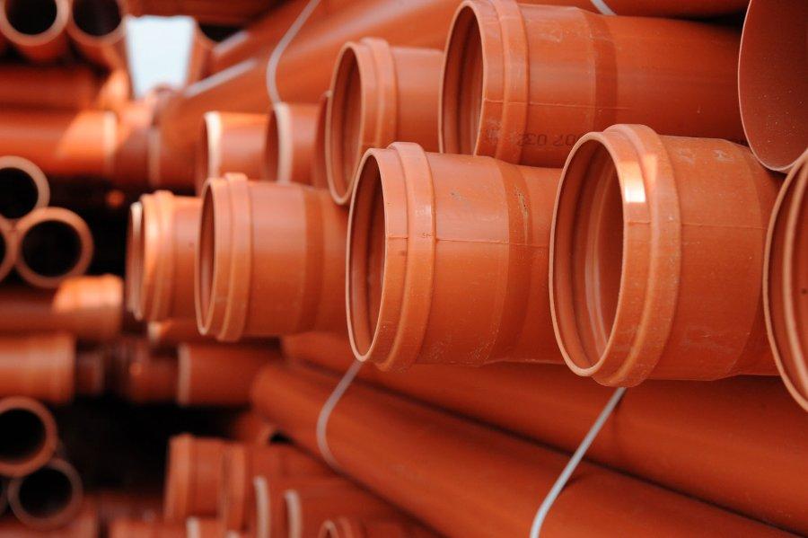 Канализационные трубы для наружной канализации: виды, монтаж, выбор
