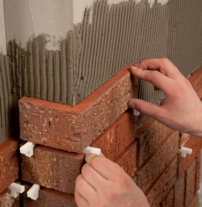 Облицовка печи керамической плиткой своими руками: выбираем способ для облицовки стен печей и делаем монтаж