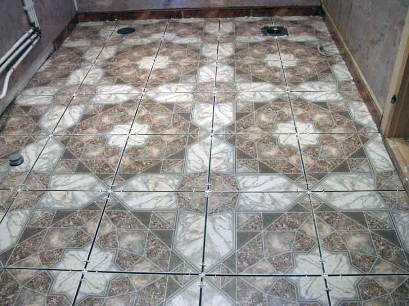Способы укладки плитки на пол: 8 схем раскладки +100 фото