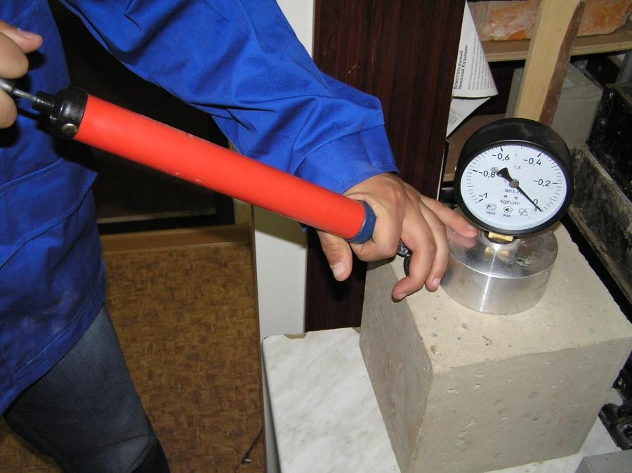 Как проверить марку цемента в домашних условиях. определение качества цемента для чайников. как защитить себя от подделки