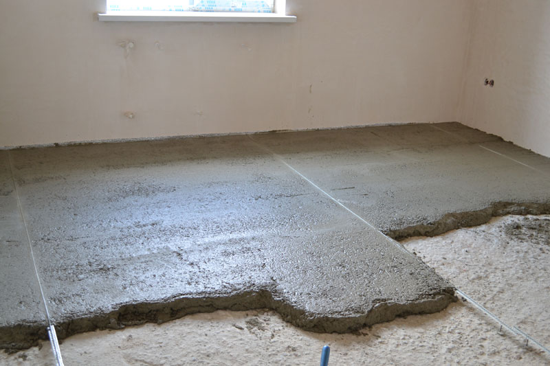 Жидкий пол для выравнивания бетонного пола: самовыравнивающая смесь, наливной пол