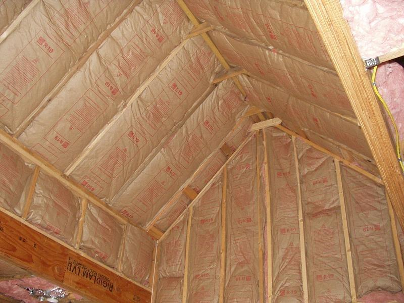 Чем утеплять потолок в бане - строим баню или сауну