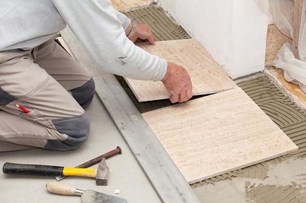 Самостоятельная укладка плитки на деревянный пол