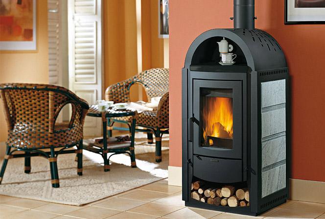 Дровяная чугунная печь создаст тепло и уют для вашей дачи!