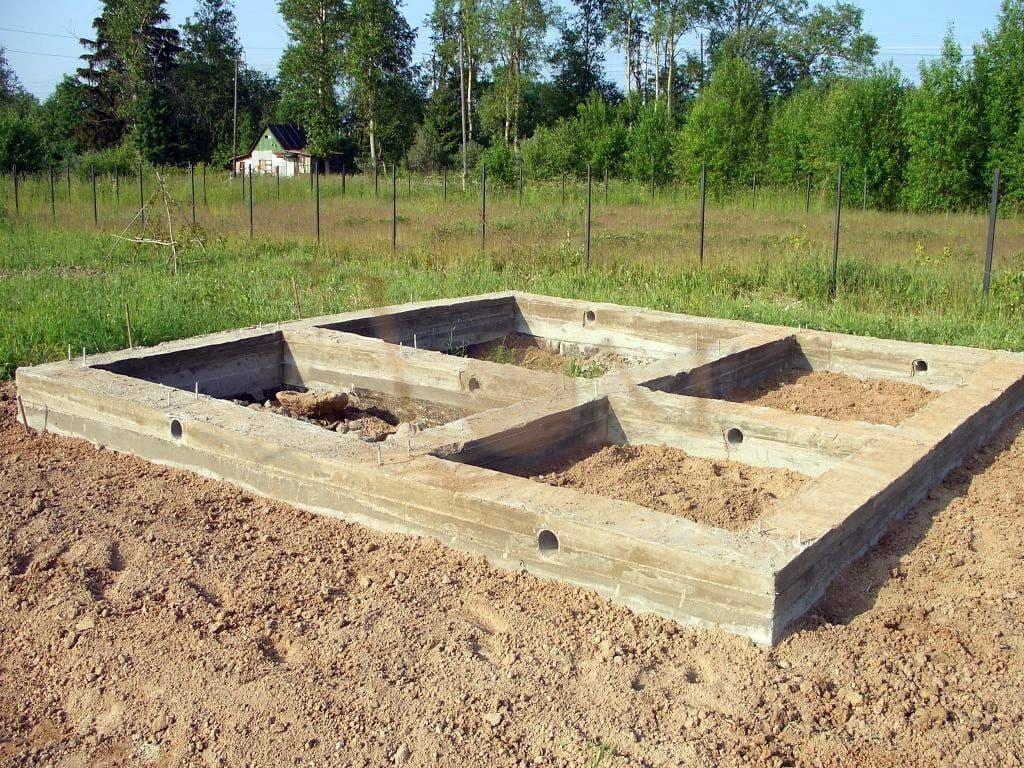 Фундамент для бани со сливом - своими руками
