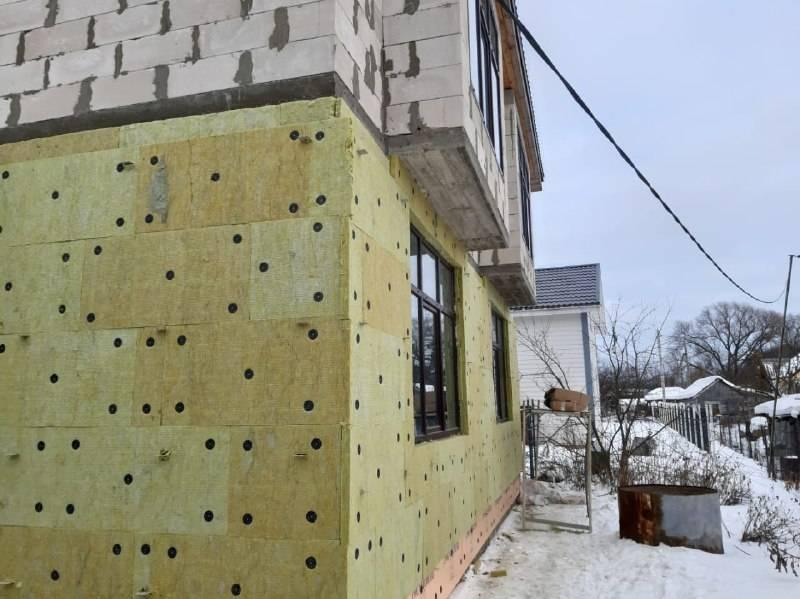 Сравнение утепления дома пеноплексом и минватой