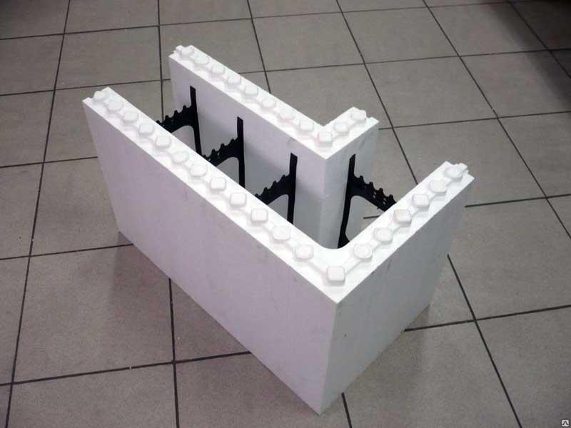 Опалубка из пенополистирола: несъемная и съемная для фундамента и стен, монтаж опалубки из пеноплекса своими руками