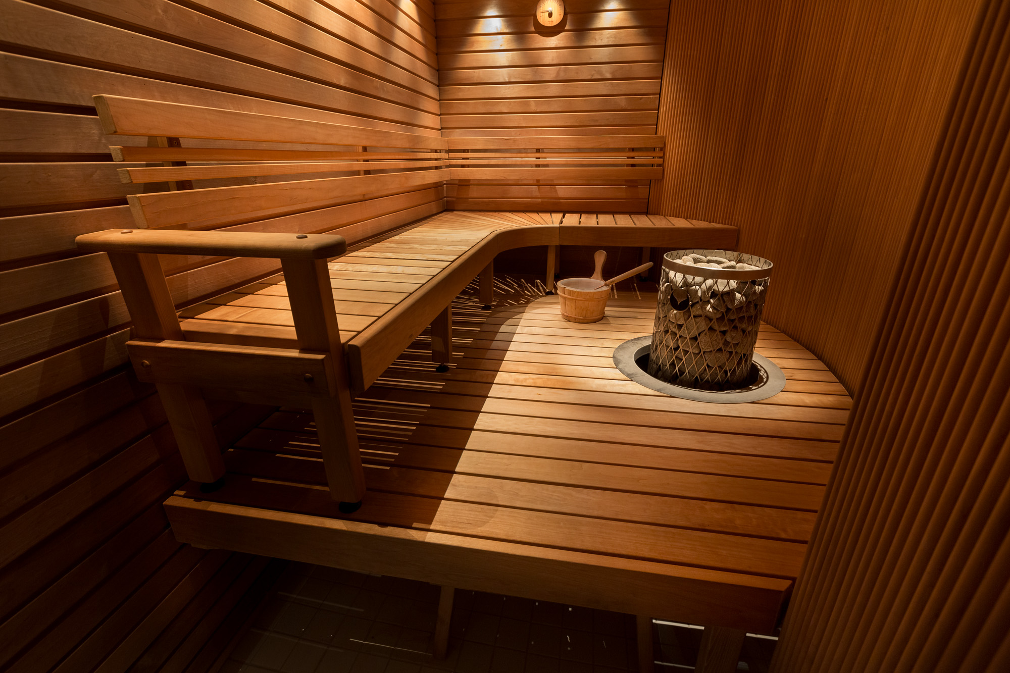 Чем баня отличается от сауны – особенности каждого из видов