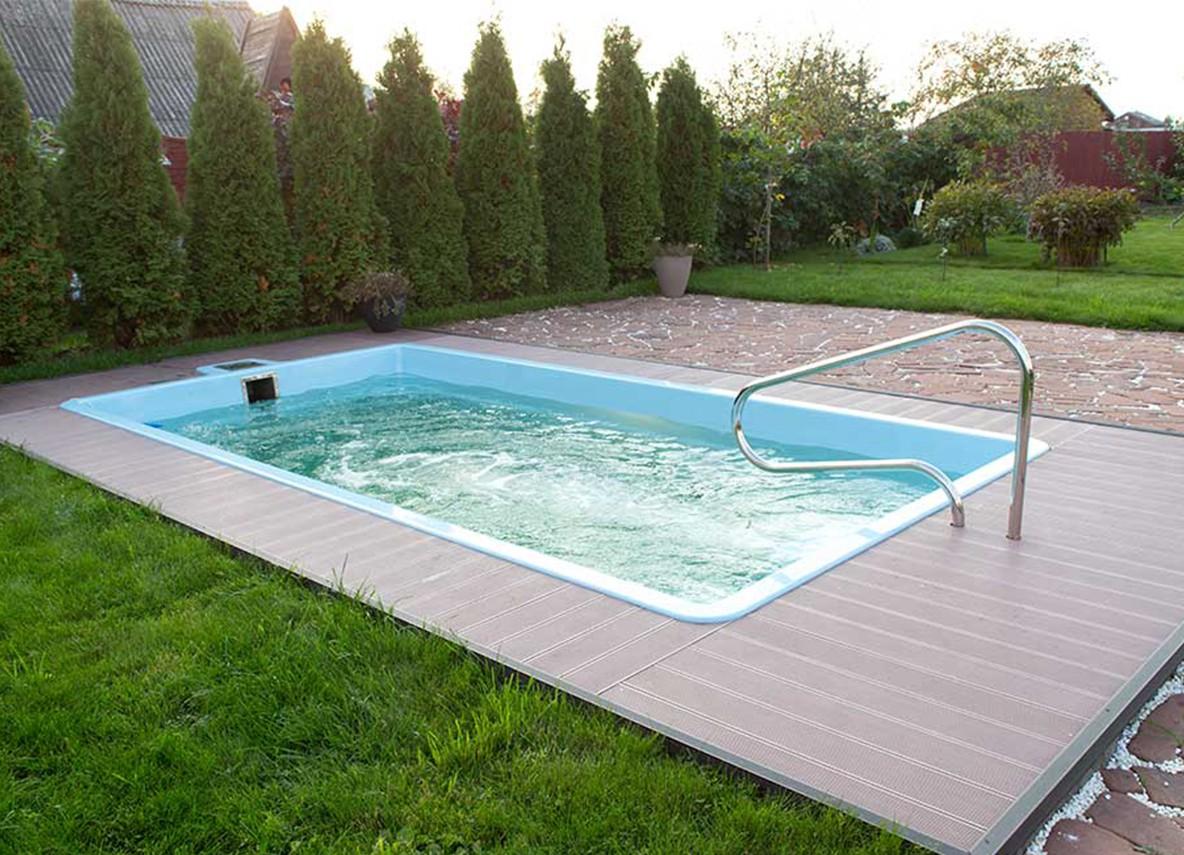 Полипропиленовый бассейн или композитный: чем отличаются друг от друга, какой лучше выбрать и почему?